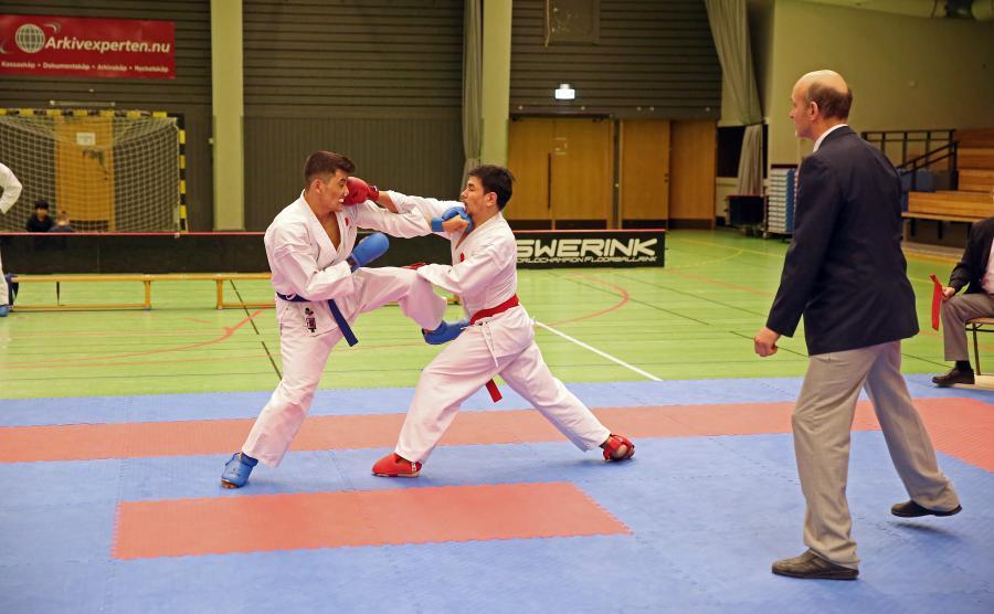 Asef och Barat pucklar på varandra under DM i Piteå.