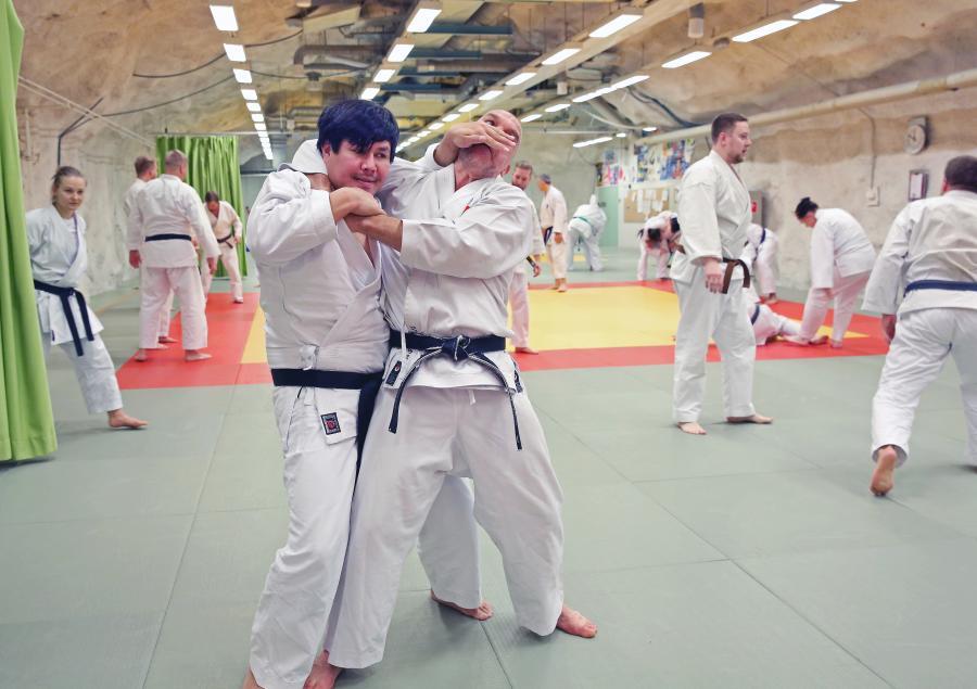 Helgen 26-27 oktober deltog folk från klubben i Shotokan karate kata bunkai i Tammerfos, Finland, med engelsmannen John Burke.