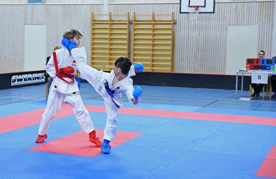 Två ungdomar från klubben deltog lördag 16 november i DM, som genomfördes i Elofssonhallen, Röbäck, Umeå.